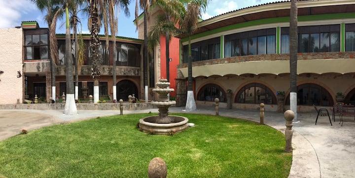 Hotel Hacienda Tonalmain en Tonalá,JAL. Tu hogar.