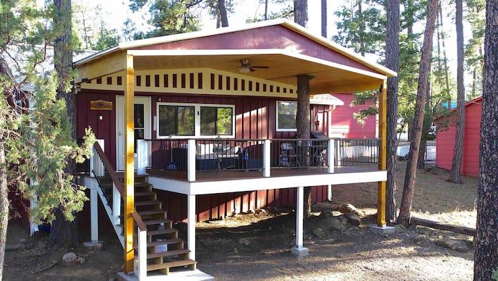 Pine Ridge Cabin-Midtown Ruidoso