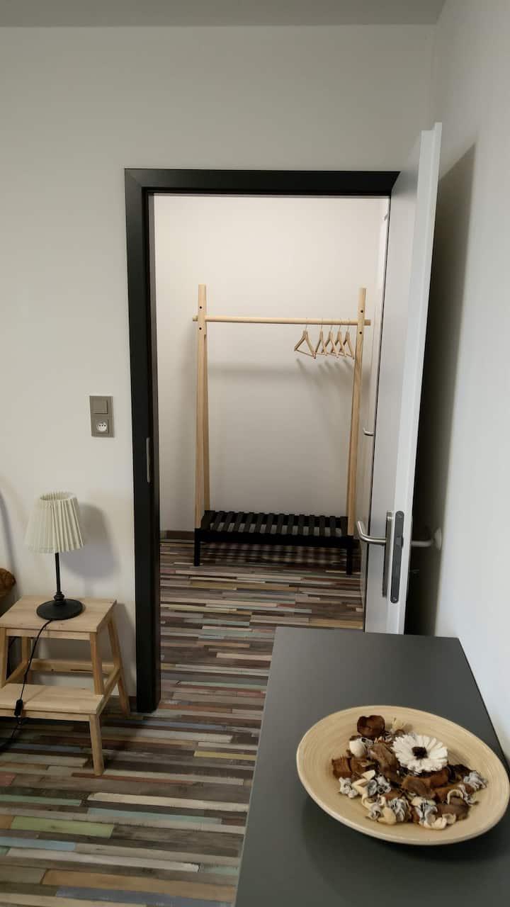 Dílna pokoj  8