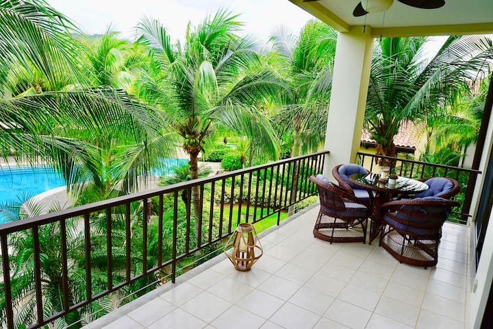Luxurious Pacifico 2bed condo in Playa Coco