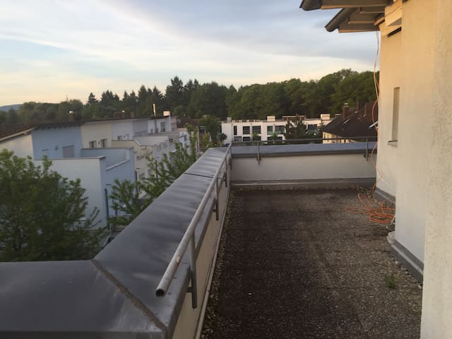 Penthousewohnung mit Terrasse - Karlsruhe - Apartamento
