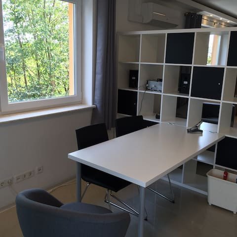 Luuxus Appartment mit Klimaanlage - Teltow - Apartament