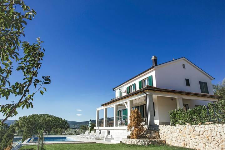 Villa Carola at Splitsko-dalmatinska županija