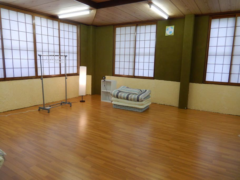 Sleeping room can take up to 10 persons