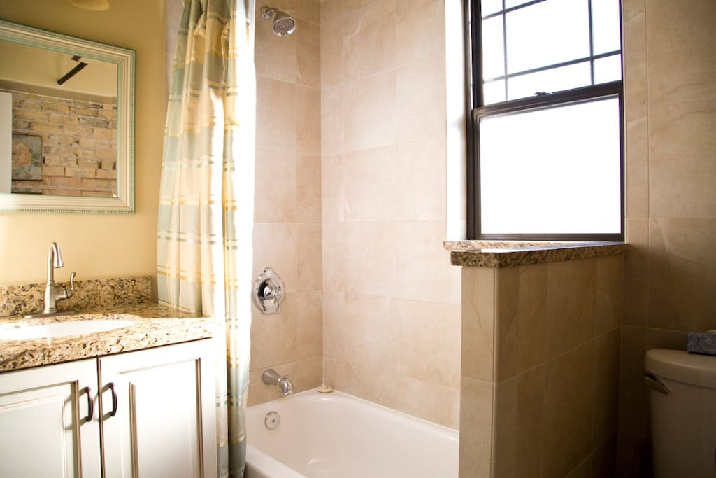 Full bathroom with tub/shower