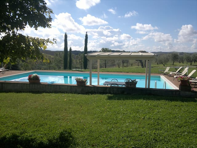 Stunning  countryside apartment  in Tuscany - Asciano - Appartement