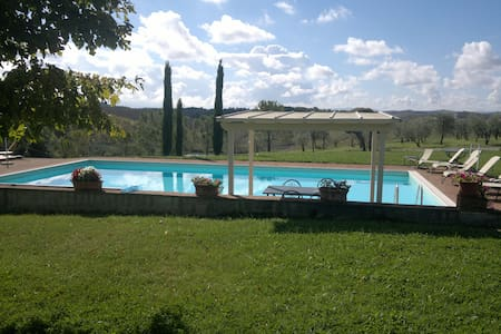 Stunning  countryside apartment  in Tuscany - Leilighet