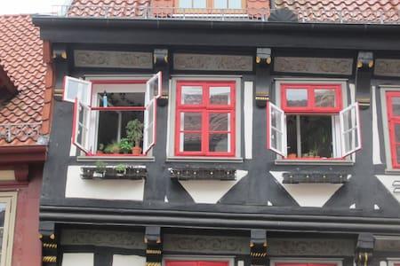 Charming studio-appartement in historic building