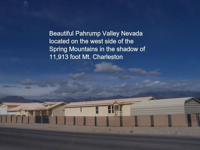 PRIVATE  2 b/r home on one acre. - Pahrump - Rumah Tamu
