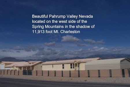 PRIVATE  2 b/r home on one acre. - Pahrump - Dům pro hosty