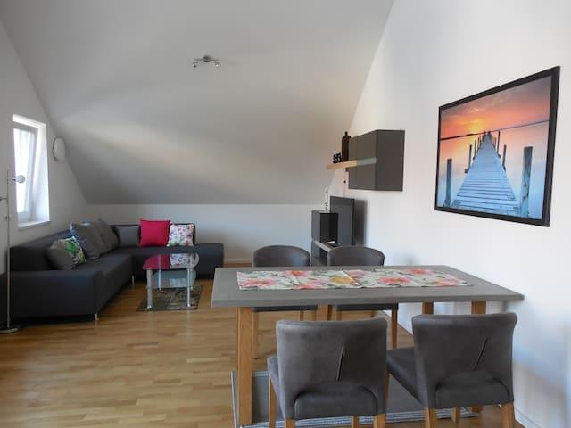 barrierefreie Wohnung mit Balkon und Aufzug - Andechs - (ไม่ทราบ)