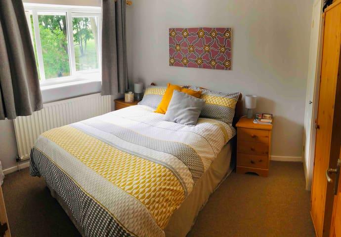Double-room available in village near Harrogate.