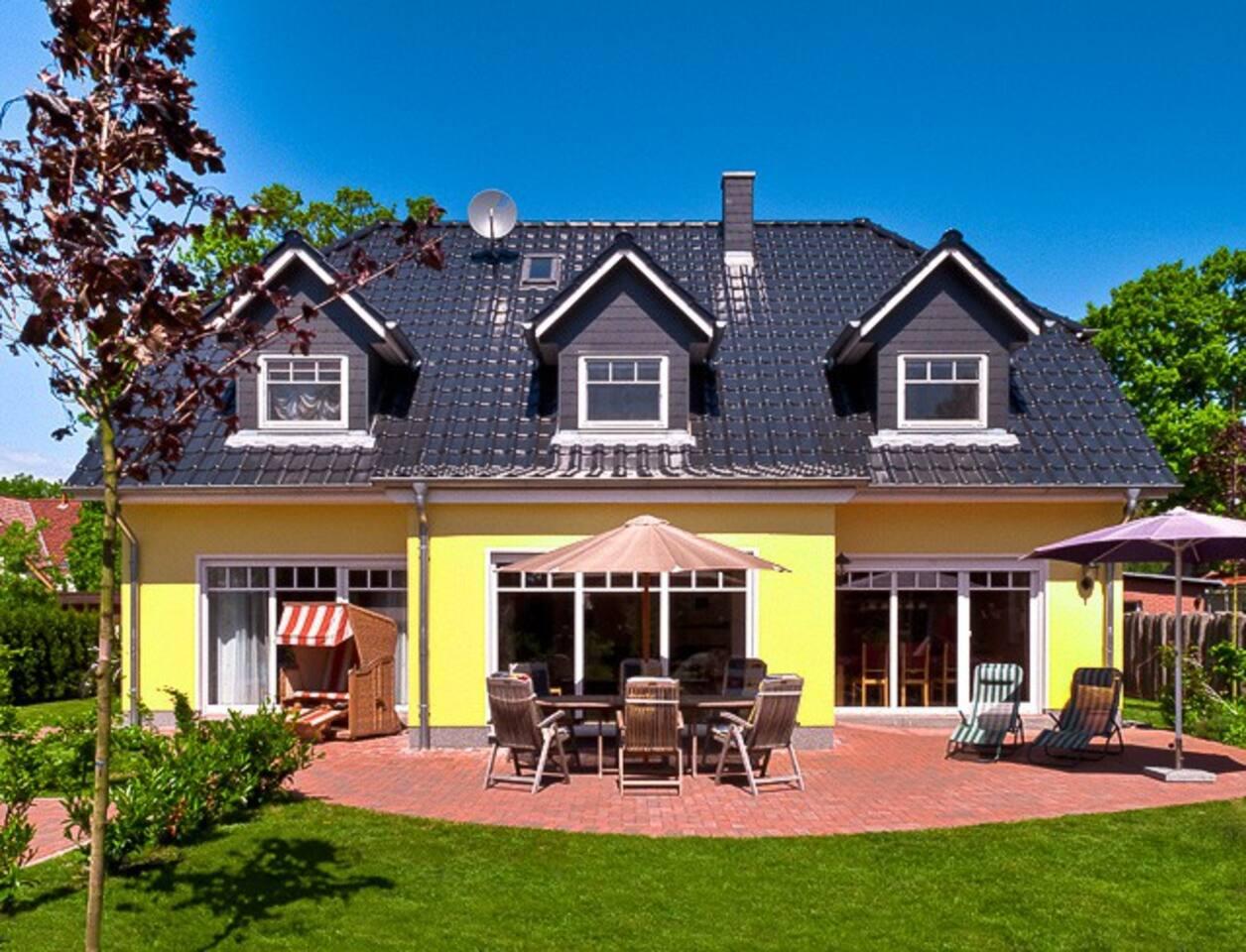 ***** Landhausvilla Herrgarden im Ostseebad Prerow