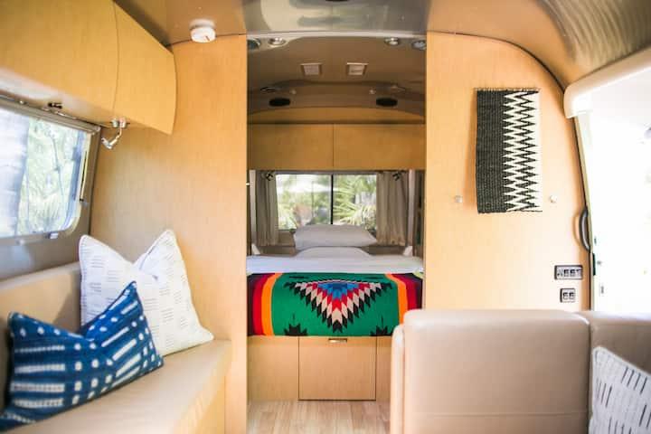 Caravan Outpost, Family Caravan at Ojai's Oasis
