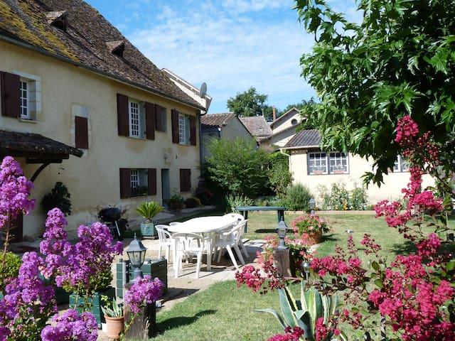Chez Jeanine - Mouleydier - Casa