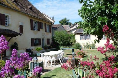 Chez Jeanine - Mouleydier - Dom