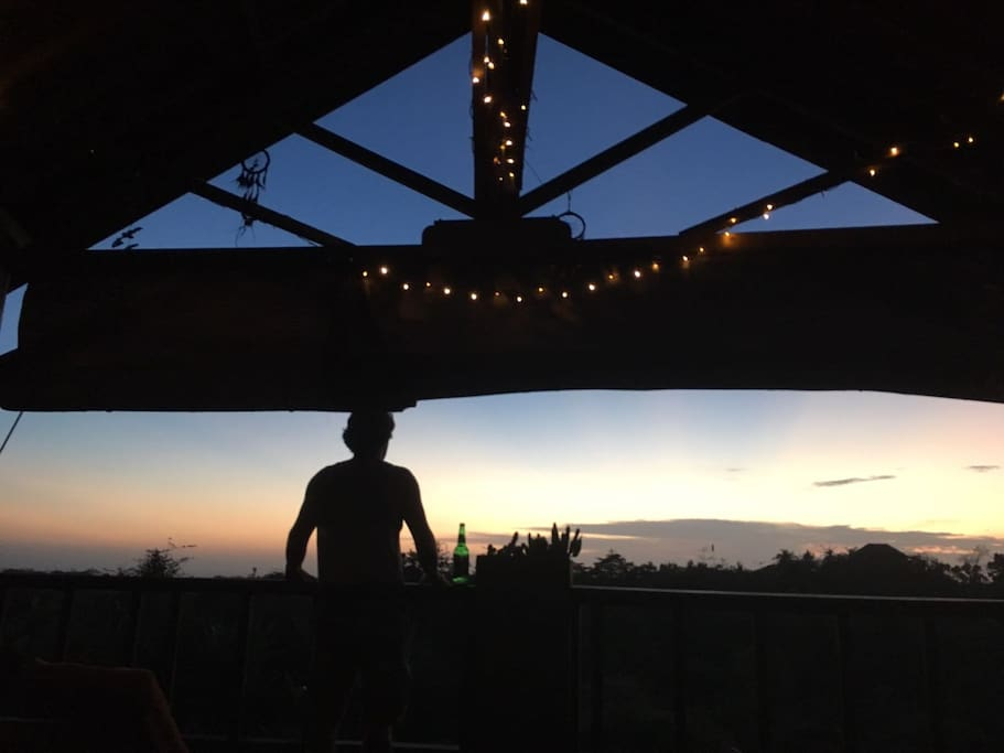 Sunset Roof Terrace - Bintang!