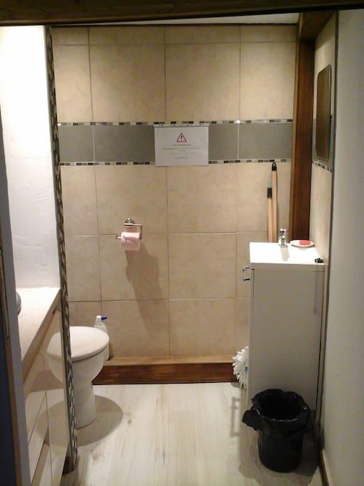 Toilettes 1er étage