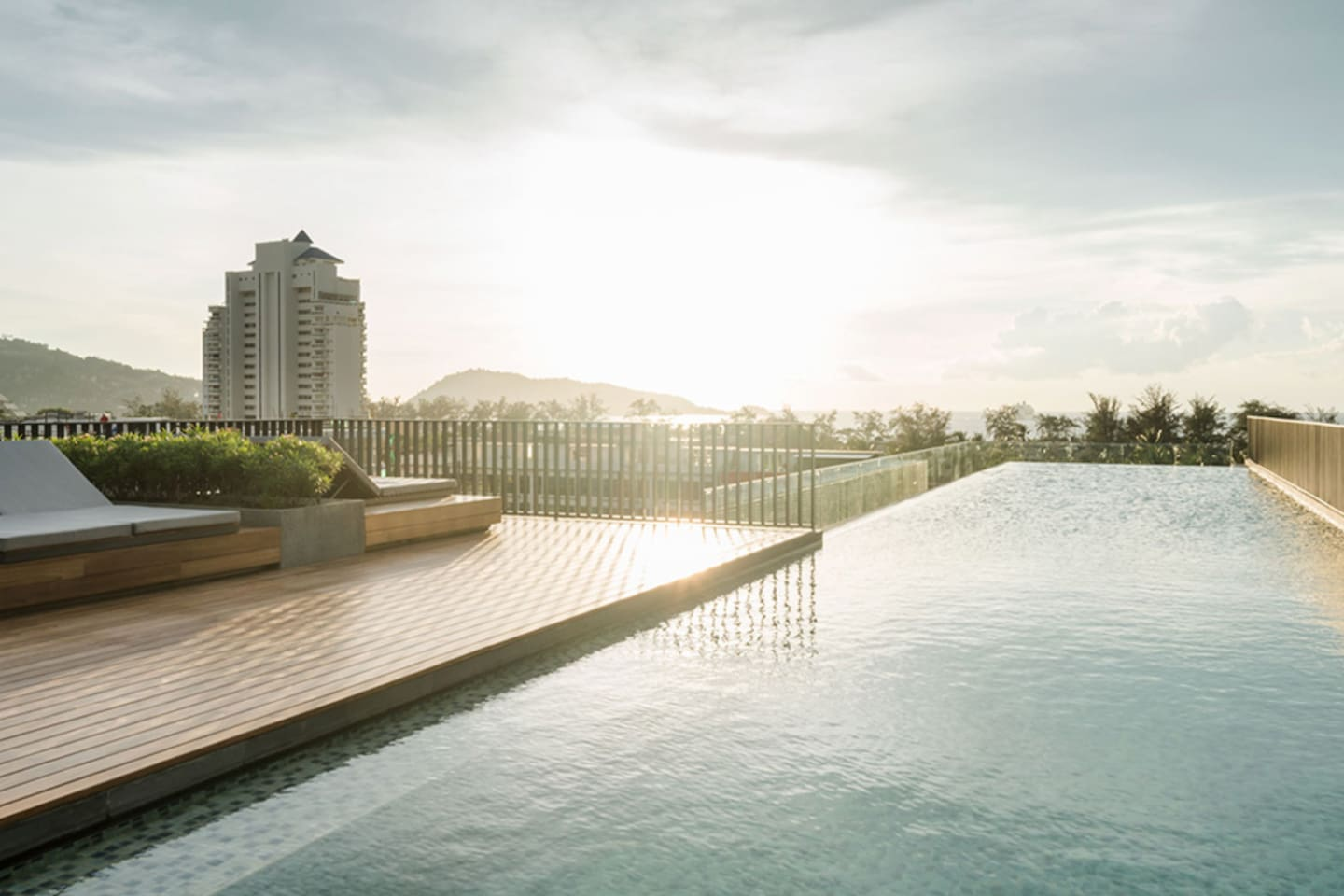 Rooftop Swimming Pool, Signature of the condominium