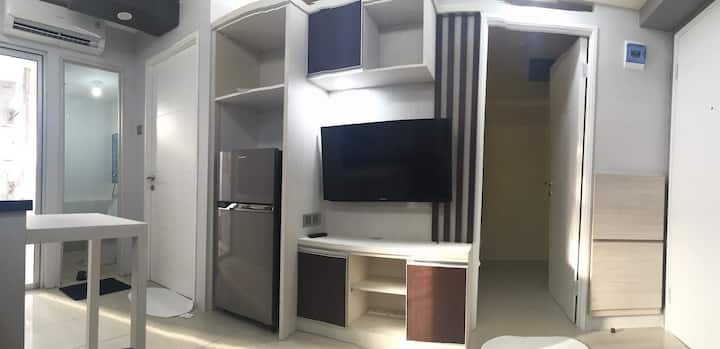 Apartment 2BR, Above Mall,Jakarta (Unlimited WIFi)