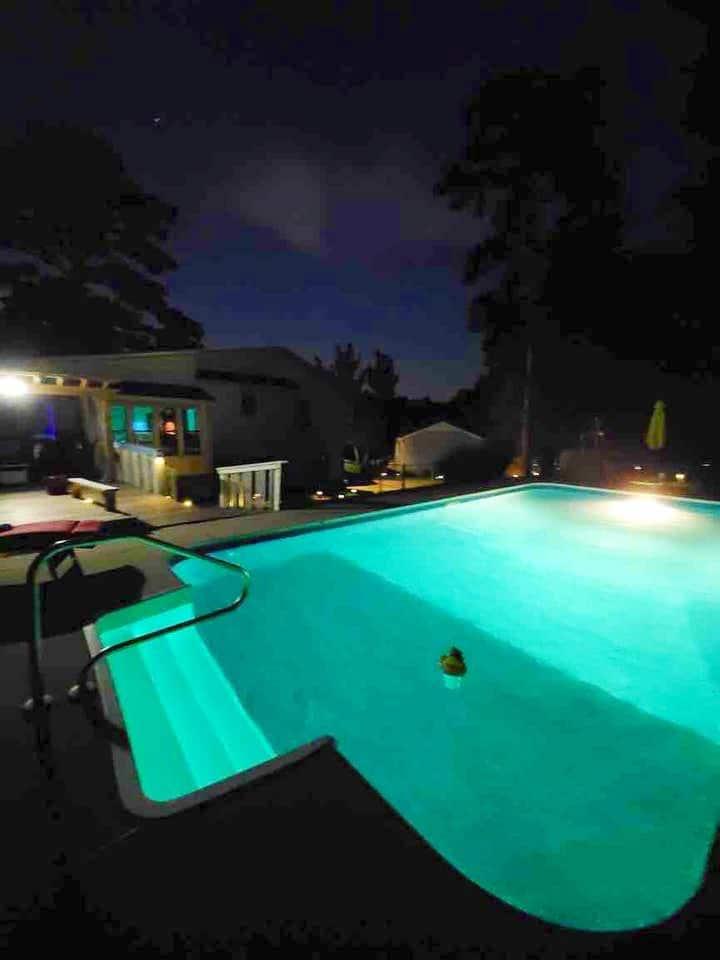 Cozy Pool House