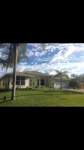 Waterfront House Ocean Access - Palm City - Huis