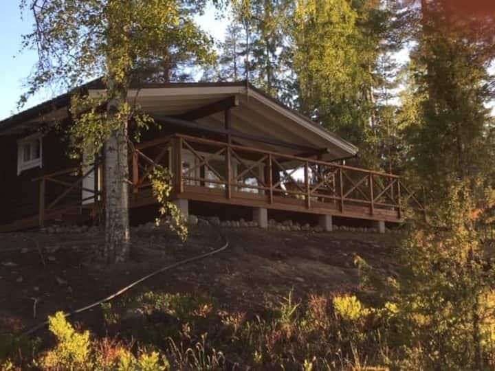 Elegant Scandi style cabin (Päijänne lake view)