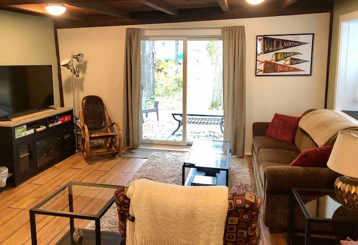 Cozy Historic 2-Bedroom in Clinton Village