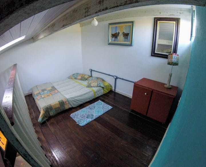 Santo Drop Hostel. Quartos privados para casal