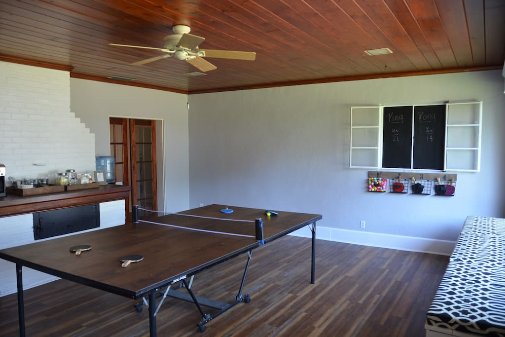 Dining table for 12 easily converts to ping pong table!