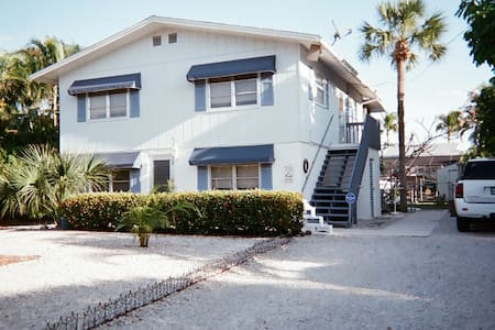 The Lower Villa on Fort Myers Beach, Florida - Fort Myers Beach