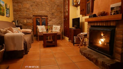 Casa con bodega en  ESLIDA- Sierra Espadán