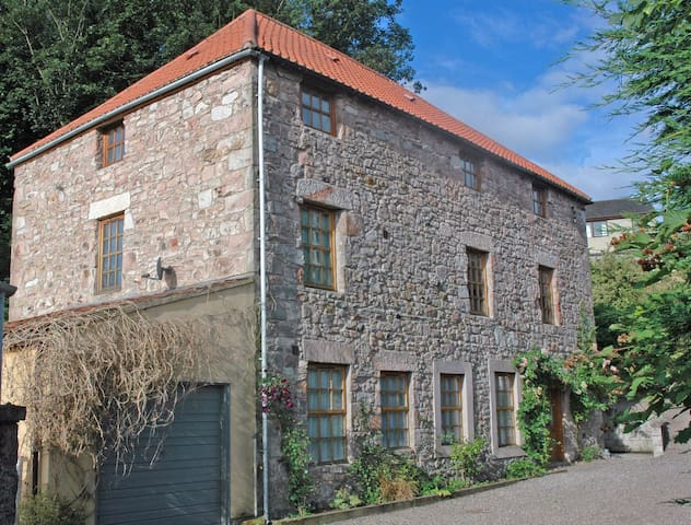 The Old Mill B&B, Farne room - Wooler - Bed & Breakfast