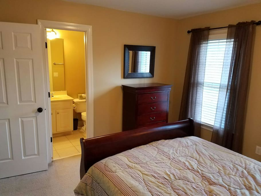 Attached full size private bathroom.