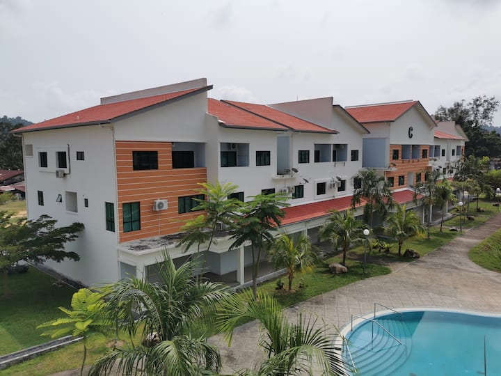 Saadiah Home (C1) - Muslim 3R2B All A/C 5min Beach