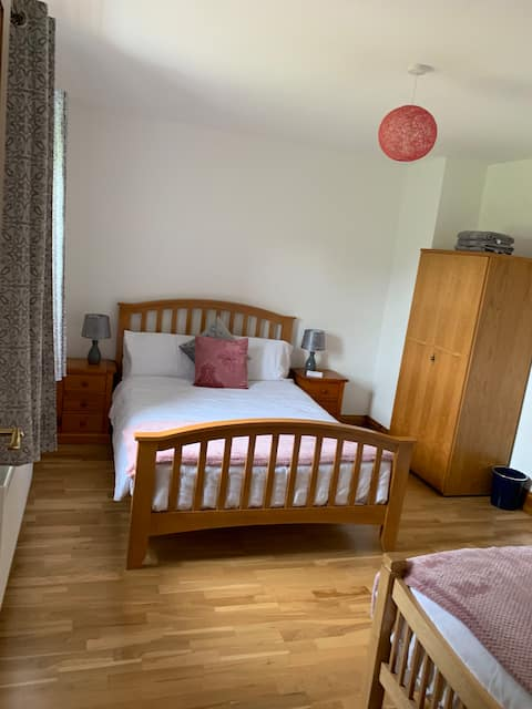 Comfortable Double & Single Bed & Excellent Wi-Fi