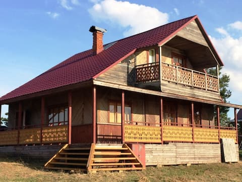 Mansard Lake House U Maksimycha na Seligere