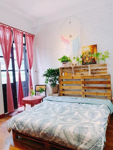 1989 homestay- Next to Bui Vien Street ,@benthanh