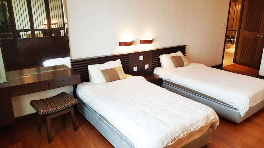 Attico 10 Mont Kiara - Kuala Lumpur - Condominio