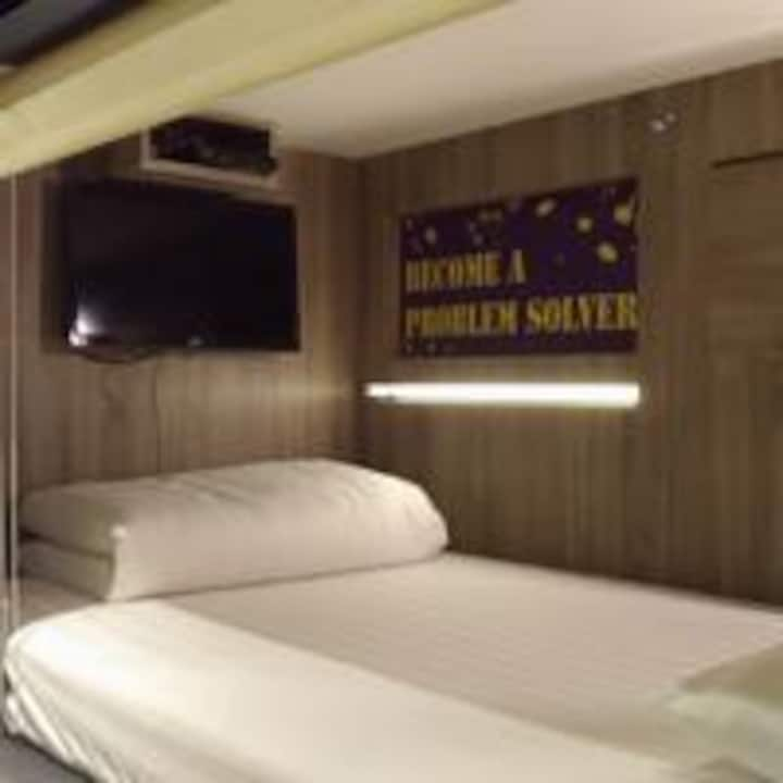 Best Hostel-- 女生限定最舒適背包旅館台北的家Female Dormitory Room