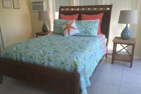 """Waterfront SUITE at """"Sunset Bay"""" - Gulf Breeze - House"""