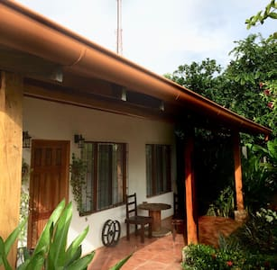 Casa Pitaya -very close to beaches and LIR airport