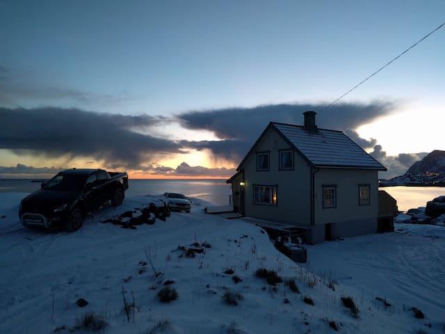 Koselig hus med fenomenal utsikt - Tind - Huis