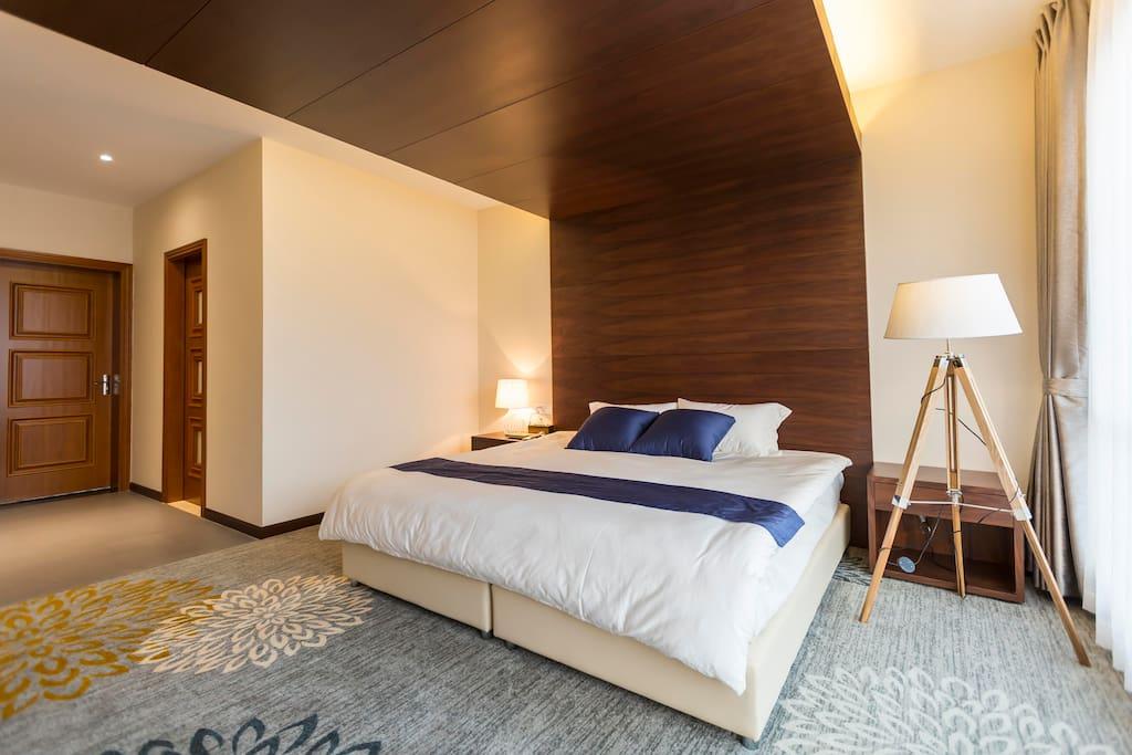 豪华king-size bed