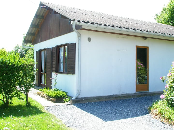 House with 2 bedrooms in Saint-Pierre-de-Cormeilles, with enclosed garden - 28 km from the beach