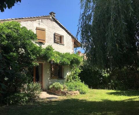 EcoHouse in Préty, a cute burgundy village