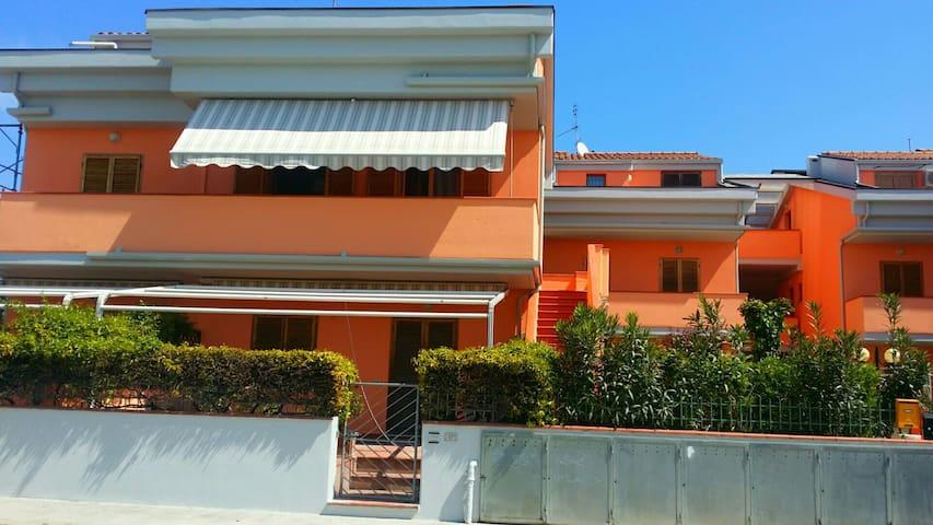 Miniappartamento a 50 mt dal mare - Marcelli - Apartment
