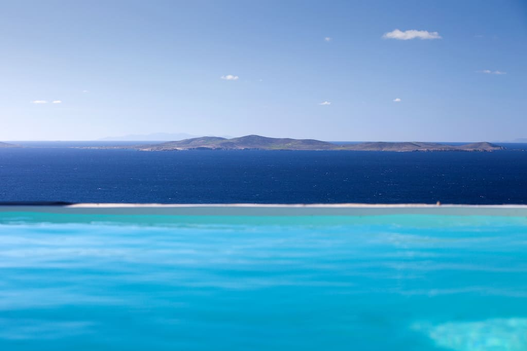 Sea view from the private swimming pool