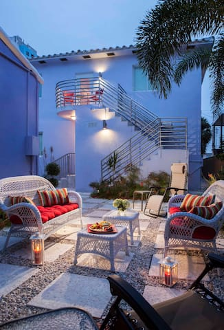 Studio w/ Kitchen in Boutique Hotel close to beach