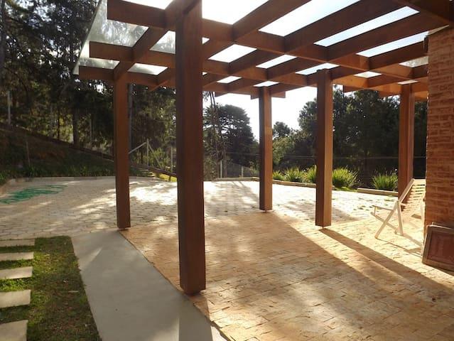 Garagem teto com teto de vidro temperado